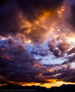 Beautiful Utah Sunrise - Photography by Renee Keith